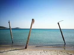 Strand in der Bucht von Alacati bei Izmir in der Türkei