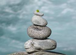 Balace, Steine am Wasser