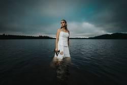 Scheidungsfoto - Sad Bride