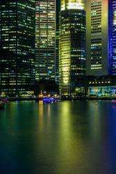 Singapur - Singapore - Raffles Place at night