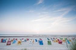 Farbenspiel am Strand