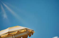 Sommerzeit, Sonnenschirm