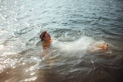 #A# Schwimmen mit Stil