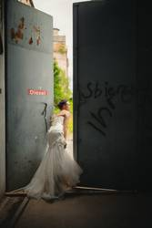 #A# WHERE THE F*** IS MY WEDDING ?