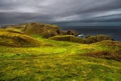 Wanderweg an der Atlantikküste bei St. Abbs Head in Schottland