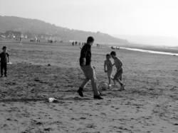 Nordsee, am Strand, Fussballspiel
