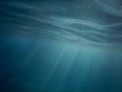 Himmlischer Schein Unterwasser III