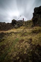 Weisses Haus am Berg