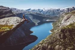 Wer nicht auf Berge steigt, kann nicht in die Ferne blicken II