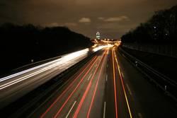 Auf der A57 bei Nacht