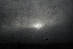 Düster Regentag in grau mit Lichtblick