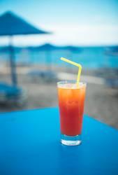 Longdrink an der Strandbar