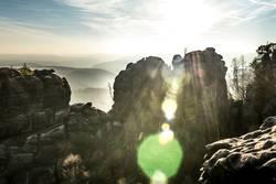 Felsige Landschaft, Sonnenlicht durchflutet
