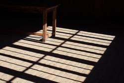 verlassen / Licht und Schatten