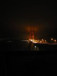 Golden Gate Bridge Nachts im Nebel