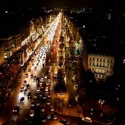 Champs-Élysées bei Nacht