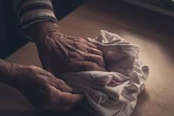 Fingerspitzengefühl - Wäschehände