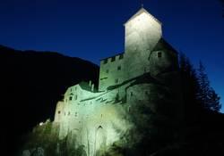 Schloss Taufers bei Nacht