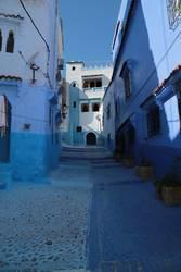 Blau durch die Strasse