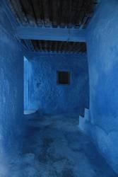 Blau im Raum