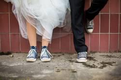 Wedding with Chucks