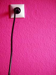 PLUG INTO MAGENTA LOVE | pink rosa clean grafik steckdose