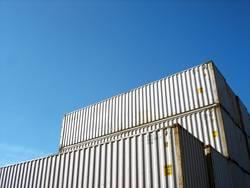 UMZUG STEHT AN | umzug container kisten lagern stapeln umzug