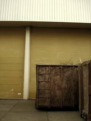 KIPP IT BABY | container hinterhof trash style urban backyard
