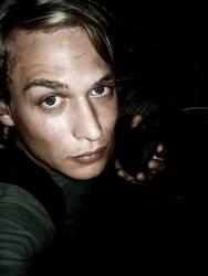 MADOCHAB   people mensch junge mann male person portrait typ