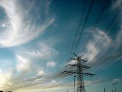 LINES IN THE SKY | himmel wolken clouds energie strom energy