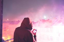 Alles ist erleuchtet - Silvester Feuerwerk hell rosa