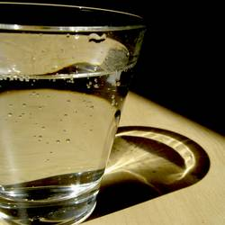 Kaltes Klares Wasser