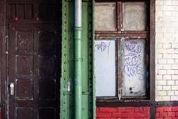 Tür, Träger, Fenster