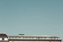 Hotel über den Dächern