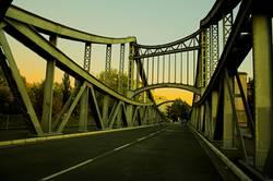 Brücke ins Wochenende
