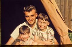 Ein Vater, zwei Söhne