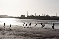 gepflegter Kick am Strand