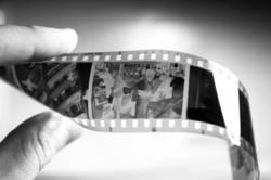 abfotografiertes schwarz-weiß Negativ