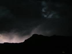 Blitz im Gebirge