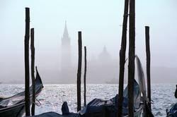 Lido im Nebel