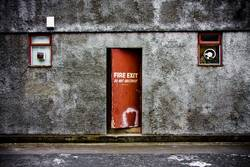 FIRE EXIT - Do Not Obstruct !