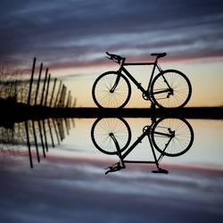 racebike mountain mirror