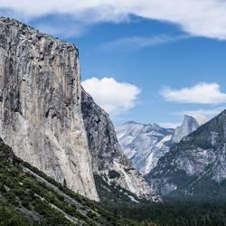 Yosemite Tunnel Zoom