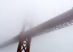 Hazy shady Golden Gate Bridge