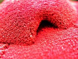 kleine, rote Höhle