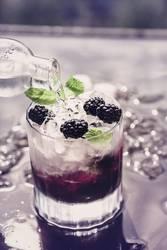 Brombeer-Mocktail