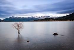 lake calm 01