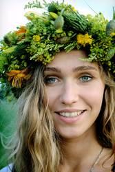 midsummer smile