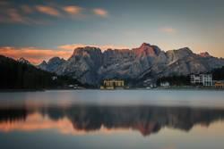 Sonnenaufgang am Misurina See - Cortina d'Ampezzo