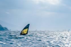 Windsurfer in Torbole, Gardasee 03